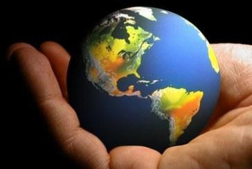 دور العناقيد الصناعية في تفعيل العلاقات التشابكية بين المشروعات الصغيرة والمتوسطة والمؤسسات الكبيرة-  نماذج عالمية رائدة في المجال مع الاشارة الى تجربة الجزائر