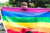 دراسة جديدة: لا جين محددًا يقف وراء المثلية الجنسية