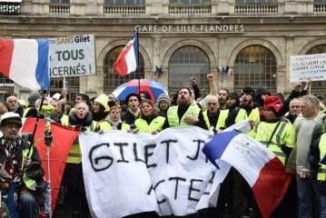 الأخبار المغلوطة عبر مواقع التواصل الاجتماعي في أحداث احتجاجات السترات الصفراء بفرنسا