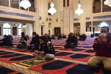 ما رأيكم بعودة صلوات الجماعة وبعض الفعاليات الدينية بالتدريج اذا كانت ضمن الأجراءات الصحية وفي المناطق غير الموبوئة ؟