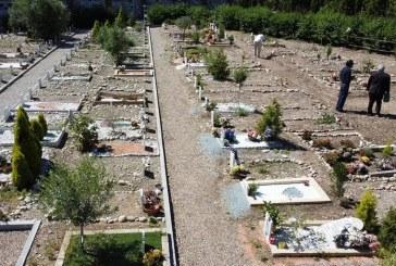 مسلمو ايطاليا لا يجدون قبوراً كافياً لدفن ضحايا كوفيد-19