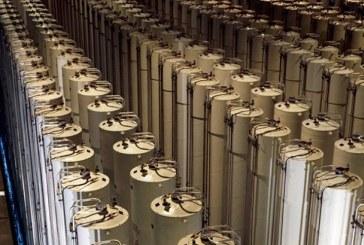 خامنئي يضع شروطاً مقابل موافقة إيران على استئناف التزاماتها النووية