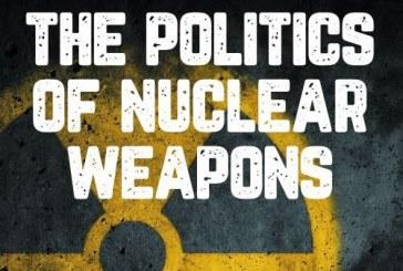 كتاب سياسة الأسلحة النووية